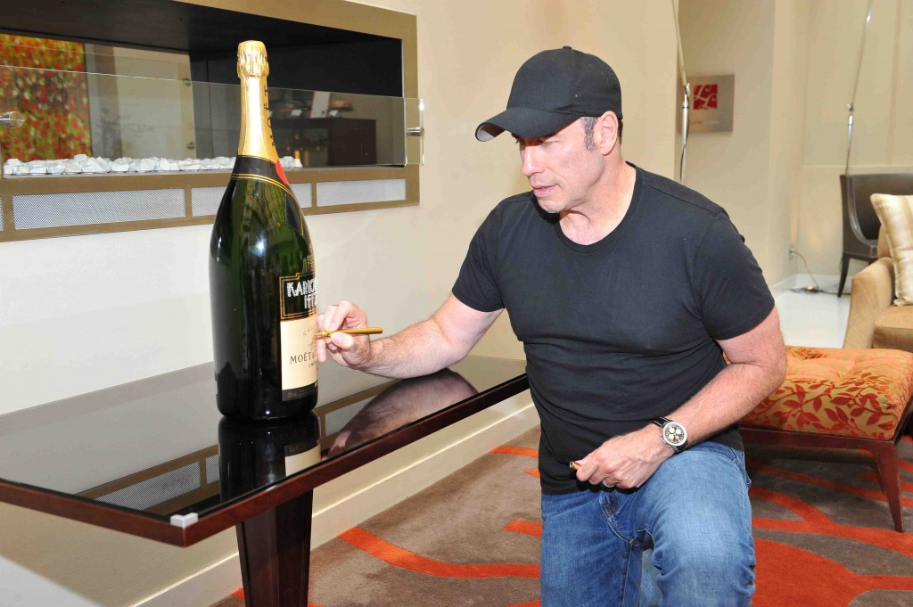 Moet_Chandon_John_Travolta