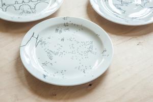 Porcelanovy talir Praha_design Martina Zilova_ cena 1300 Kc_Debut Gallery