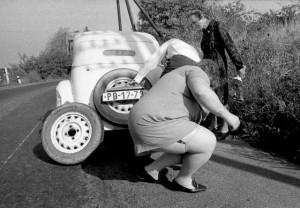 Auta  Defekt na silnici, foto Jovan Dezort195