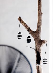 Dekorativní dřevěná vajíčka 12 ks (1)
