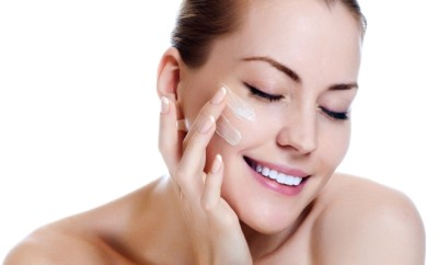 http://www.dreamstime.com/stock-photography-beautiful-woman-applying-moisturizer-cream-image26361602