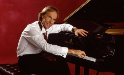 richard-clayderman-piano-performing-artists2