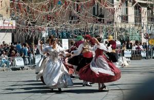 Bailes t_picos