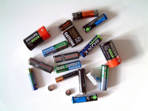 empty-batteries-1464803-640x480