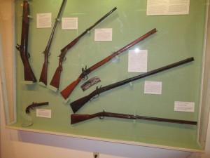 Sbírka výrobků dílny Henry-Muzeum v Nazarethu