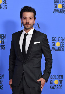 BEVERLY HILLS, CA - JANUARY 08: Actor Diego Luna poses in the press room during the 74th Annual Golden Globe Awards at The Beverly Hilton Hotel on January 8, 2017 in Beverly Hills, California. (Photo by Steve Granitz/WireImage)