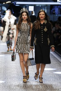 Dolce&Gabbana_women's fashion show FW17-18_Runway images (30)