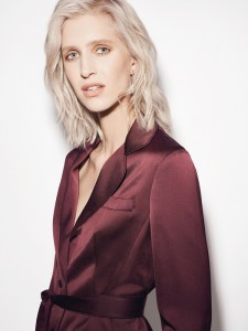 Karen-Millen-AW17-Lookbook-RGB-23