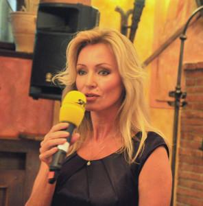 Kateřina Brožová: Záměrem projektu je vytvořit zábavně-charitativní mezinárodní projekt se zapojením osobností z řad umělců, sportovců i politiků a podnikatelů, čímž se rovněž přihlásit k zodpovědnosti a činnosti cílů Agendy 2030