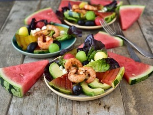 Grilovany meloun s krevetami