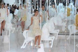 Ready to Wear Spring Summer 2012  - Louis Vuitton - Paris Fashion Week October 2011