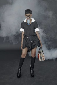 VW_SS19_HeroLookBook_HiRes_Look_14