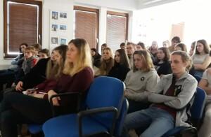 Záběr z přednášky pro žáky kladenského gymnázia