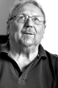 František Mareš, manažer vydavatelského počinu   Dějiny sebevědomí – Diplomaté bez pasu