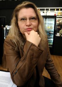 """Na čem badatelka Městecká pracuje nyní? """"Připravuji Turistického průvodce po pietních místech pochodů smrti a knihu, mapující život Slovanů v německých zemích. Překládám knihu o Emily Hobohouseové, ženě, která zachránila mnoho životů včetně dětí z prvních koncentračních táborů za búrských válek…"""""""
