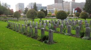 Hroby britských vojáků na Olšanských hřbitovech v Praze