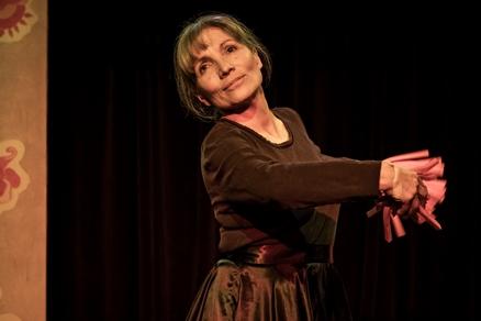 Ředitelka Divadla Kampa Iveta Dušková (z představení Děvčátko Momo)