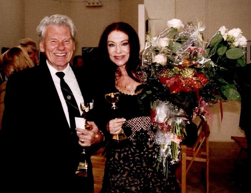 Malíř Kamil Kubík s módní návrhářkou Blankou Matragi